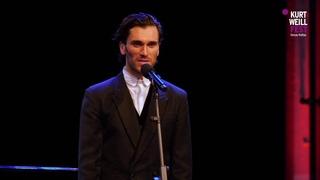 "Vladimir Korneev sings the Russian Romance song ""Odnoobrasnye melkajut"" ( Однообразные мелькают )"