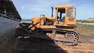 Кировец К744 культивирует John Deere 6150М прикатывает почву