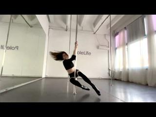 Видео от Studio Feelings - Студия танца на пилоне Москва