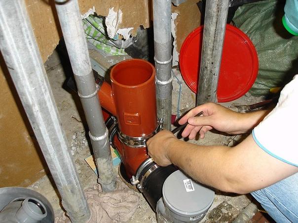 В Тольятти жители МКД лишились горячей воды из-за ...