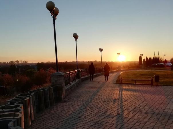 Улицы Лебедяни на закате 🌝Автор фото: Валерий Аким...