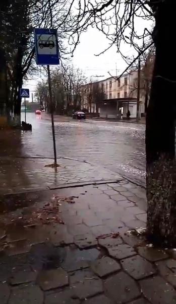 Никогда такого не было и вот опять Куйбышева ушла под воду Брянск