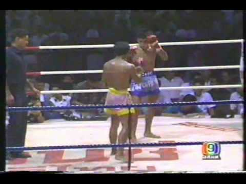 Kongtoranee Payakaroon vs Sakmongkol Sitnchuchoke